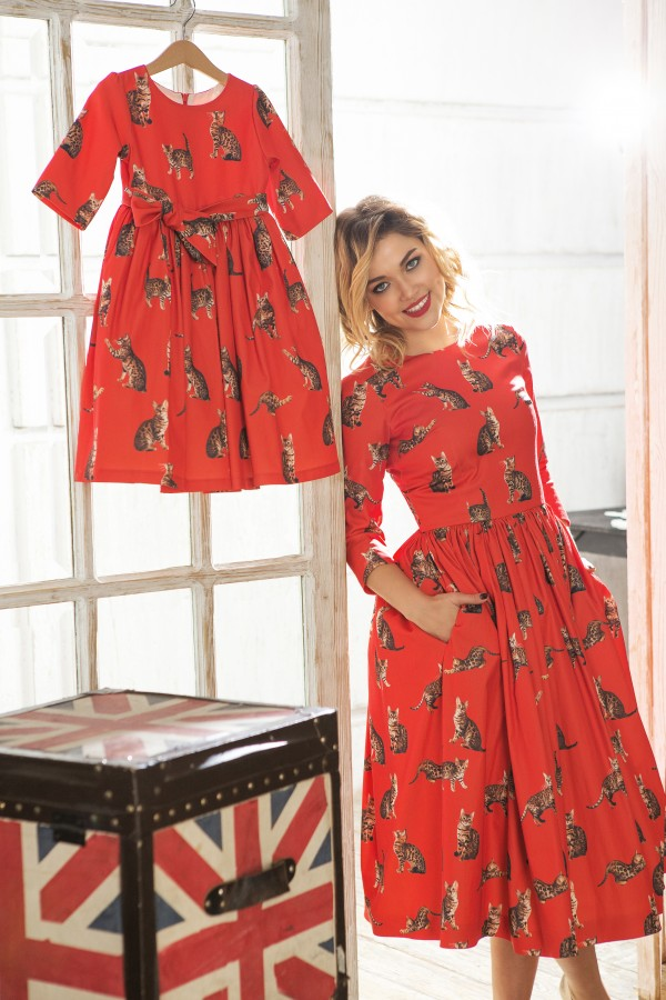 """""""The Cats"""" Dress, Rouge"""